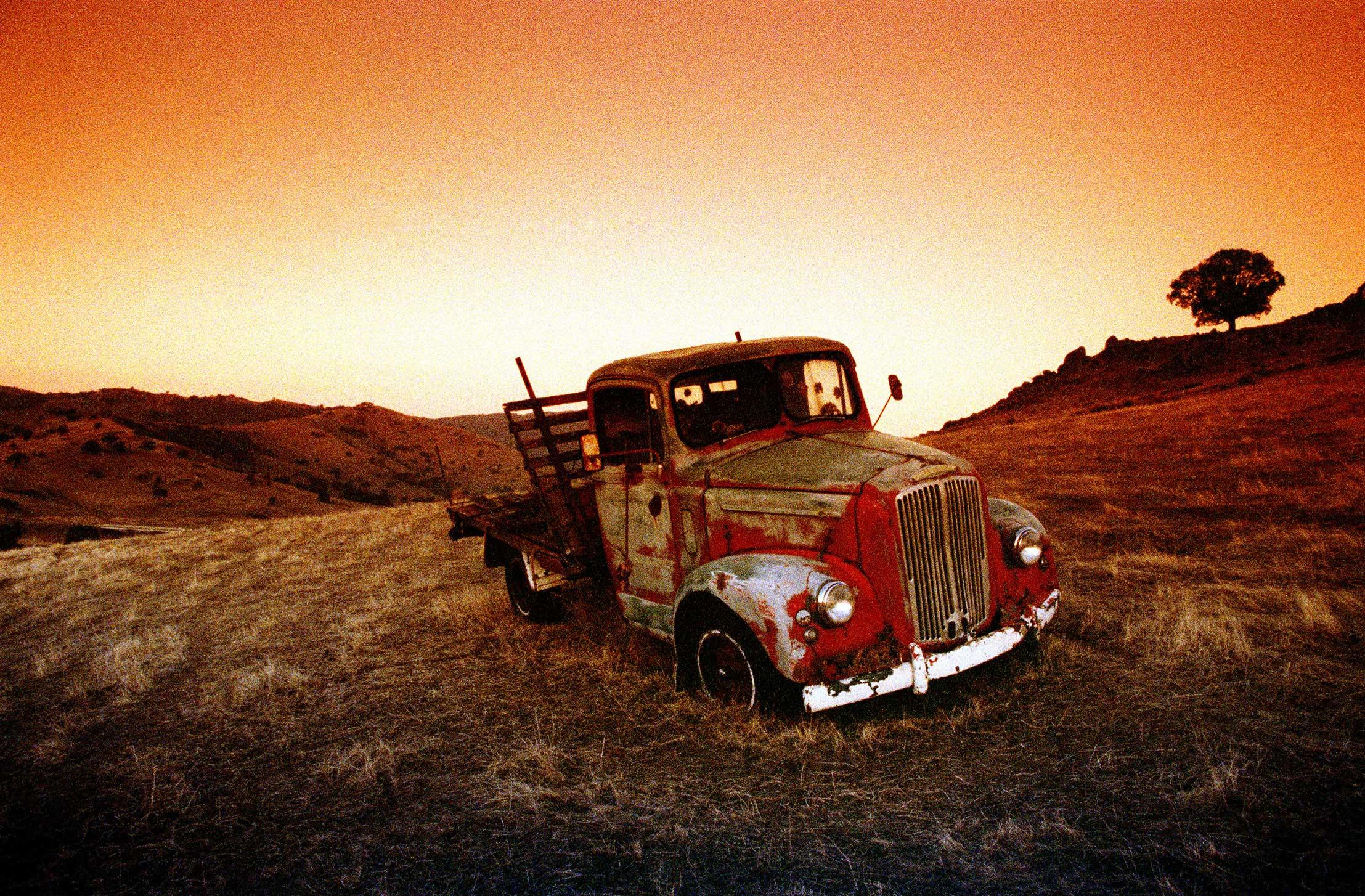 Truck Australia 1000asa film